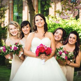 Braut mit Brautjungfern in Uetersen