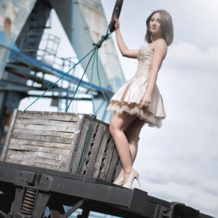 Beautyfoto/Beautyshooting Hamburger Hafen mit Model