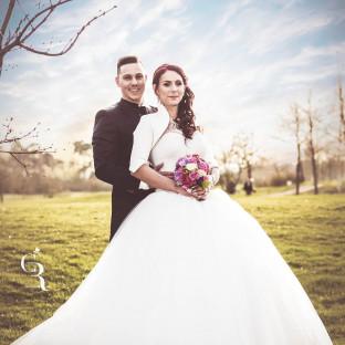 Hochzeitsfoto mit Wolken auf Wiese