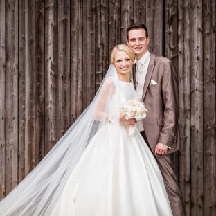 Mega-Hochzeitskleid